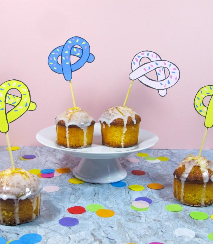 Free printable // Les bretzels cake toppers // Pretzels cake toppers // A Cardboard Dream blog