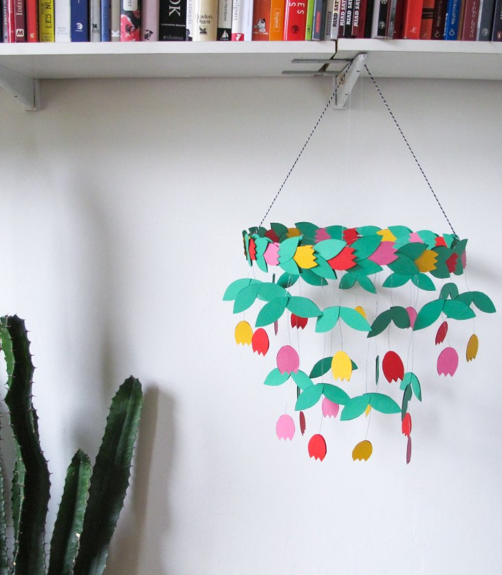 Diy Réaliser Un Chandelier Avec Des Tulipes En Papier How To Make