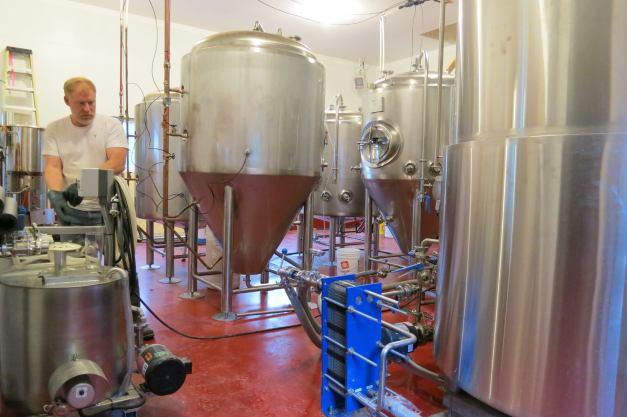 uncleleos_brewhouse