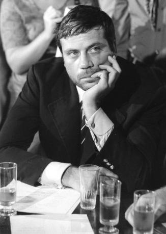 Oliver Reed al Bar dell'Hotel Excelsior