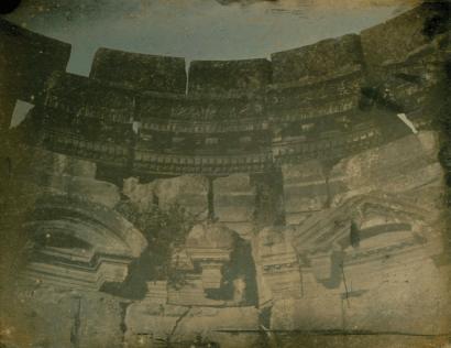 Joseph-Philibert Girault De Prangey (French, 1804-1892), Baalbec. 1844. T[emple] circulaire. Det.[ail] Inte[rieur] (Baalbek, Circular temple, interior detail), 1844. Daguerreotype, 18.9 x 24.1 cm (yVs x 9V2 in.), JPGM 2003.82.6.