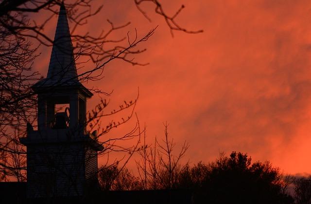 autumn_church