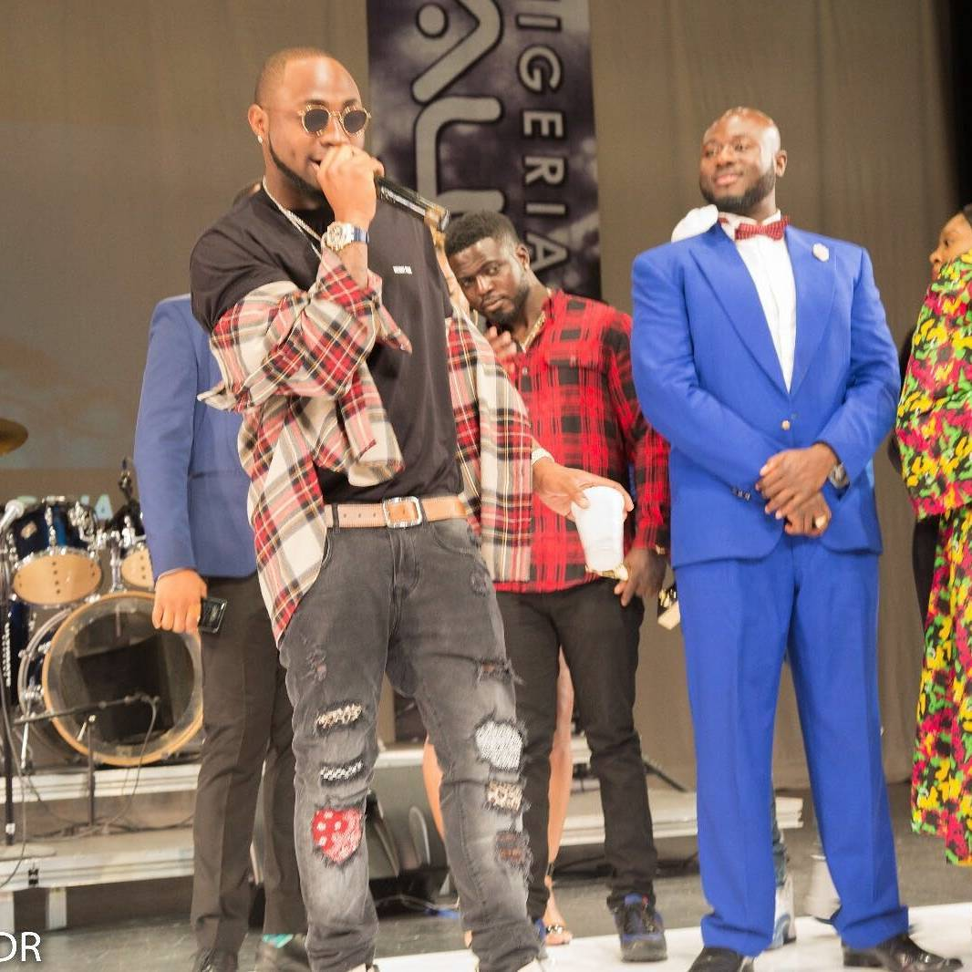 Davido & Olamide Top List At 2017 Nigerian Entertainment Awards