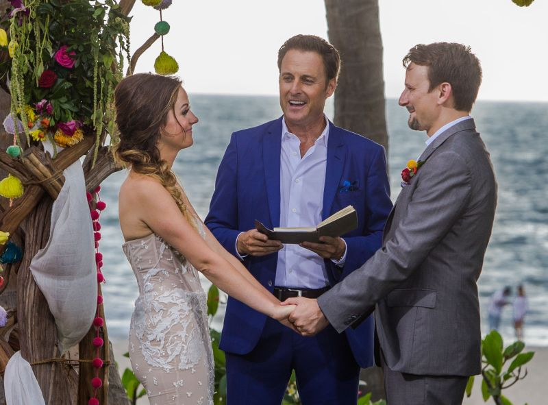 Carly and Evan's wedding to air on Bachelor in Paradise premiere: Here's a  sneak peek!