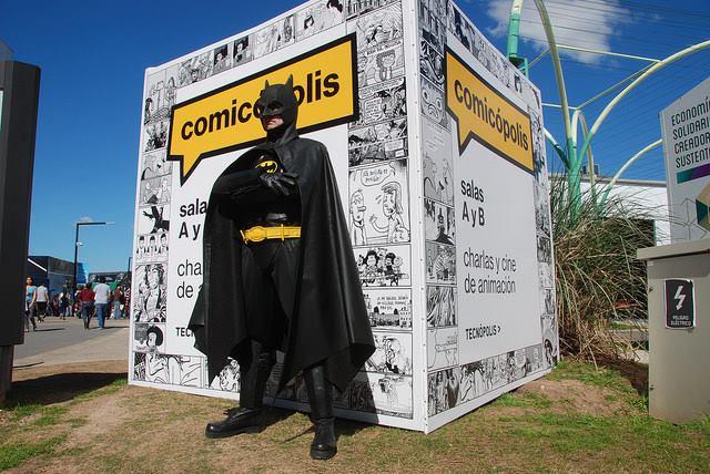 Comics, charlas con autores, publicaciones independientes...y cosplayers de Batman. No hace falta nada mas.