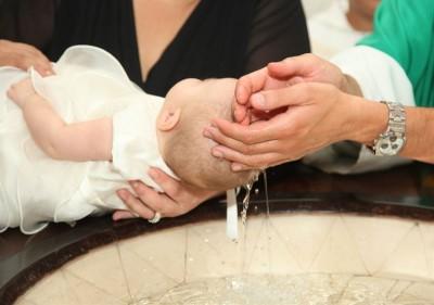 chrzest święty dziecka - tradycja?