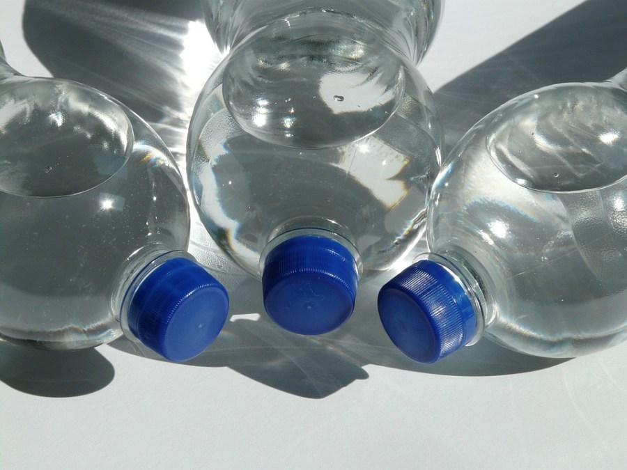 Rodzaje wody mineralnej w sklepach