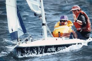 Assisted sailing