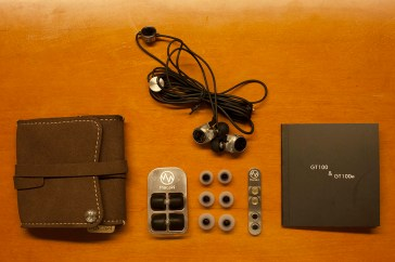 All the accessories and earphones together.