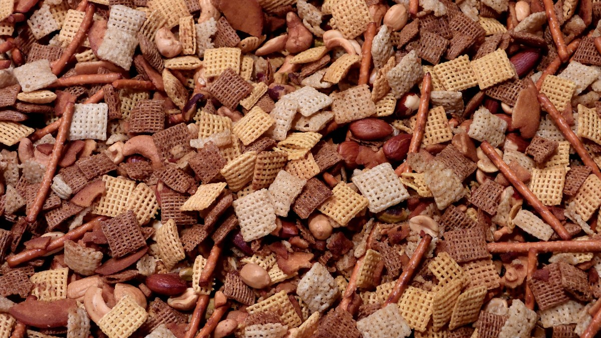 chex mix with nuts and pretzels