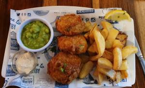 Photo off Salmon Fishcakes, Chips and Peas