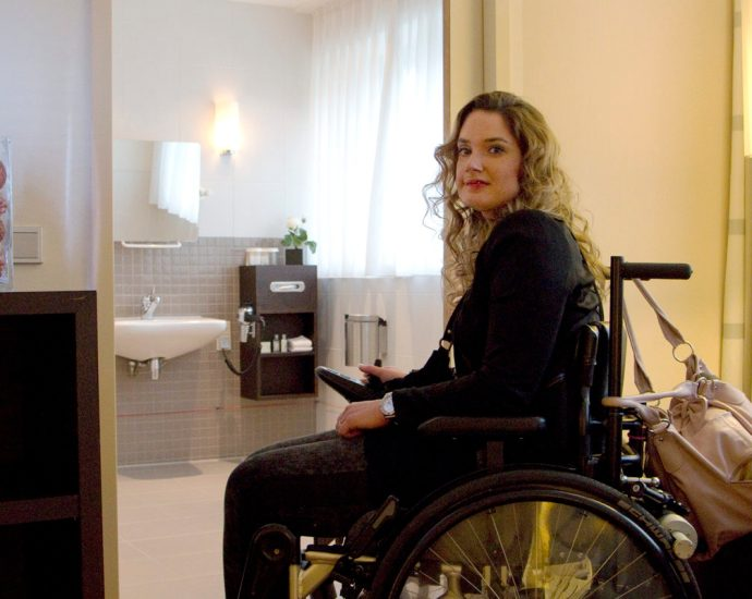 accessible hotel room