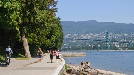 stanley park vancouver seawall canada
