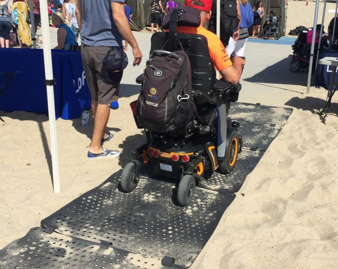 beach-trax-life-rolls-on-santa-monica-2018-2