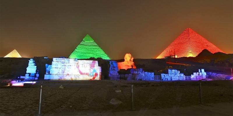 Sound-And-Light-Show-Pyramids-1