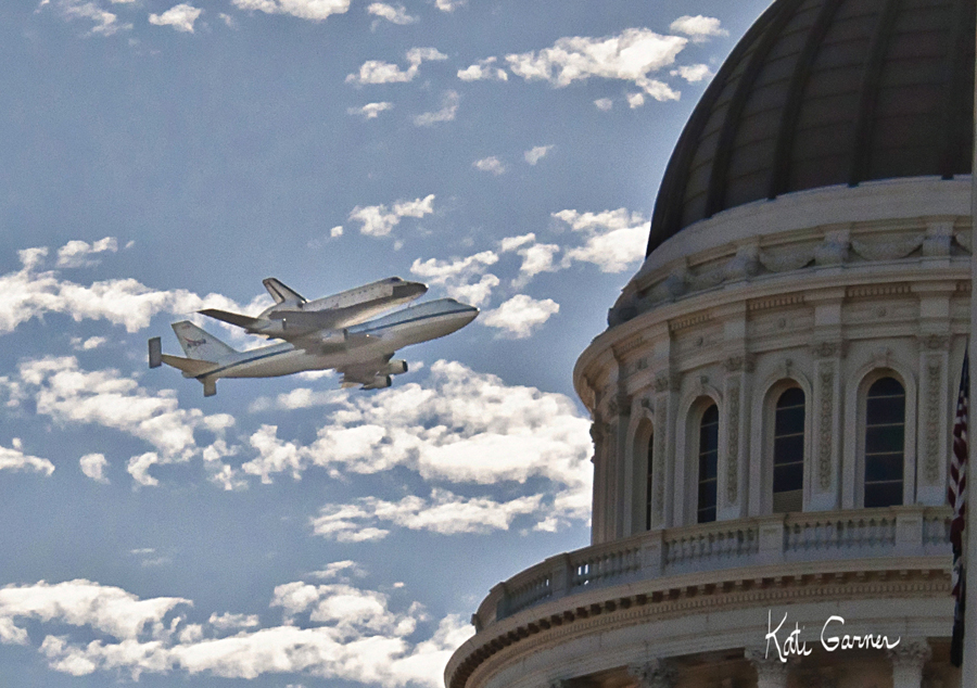Space Shuttle Endeavour flyover pictures