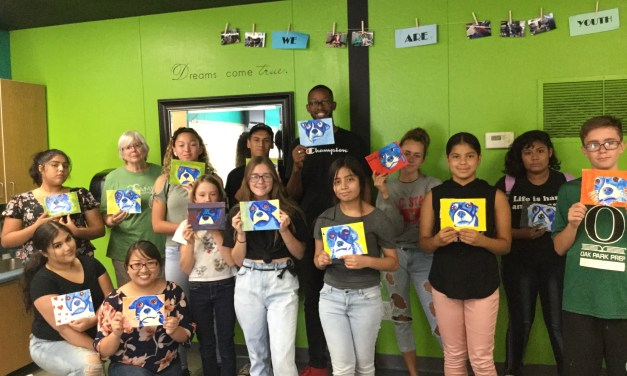 VIDEO: La Familia Youth Voice Holds Paint Night