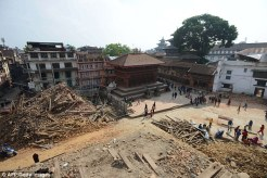 Kathmandu durbar square after the earthquake. Image © dailymail.co.uk