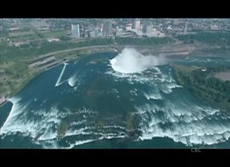 Rick_Mercer_Report_Niagara_Freefall_02