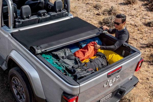 jeep gladiator soft tri fold tonneau cover