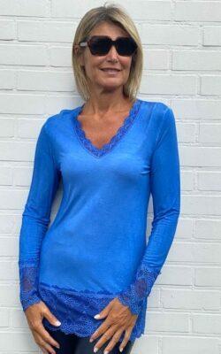 Tshirt dentelle bleu royal