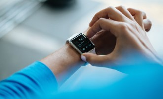 How Fitness Trackers Like Fitbit Encourage Your Kids to Move