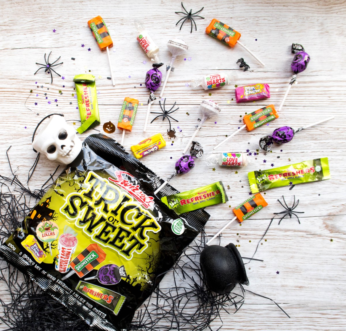 Have You Got #HalloweenSorted? WIN THIS BUNDLE OF SWIZZELS SWEETS (AD)