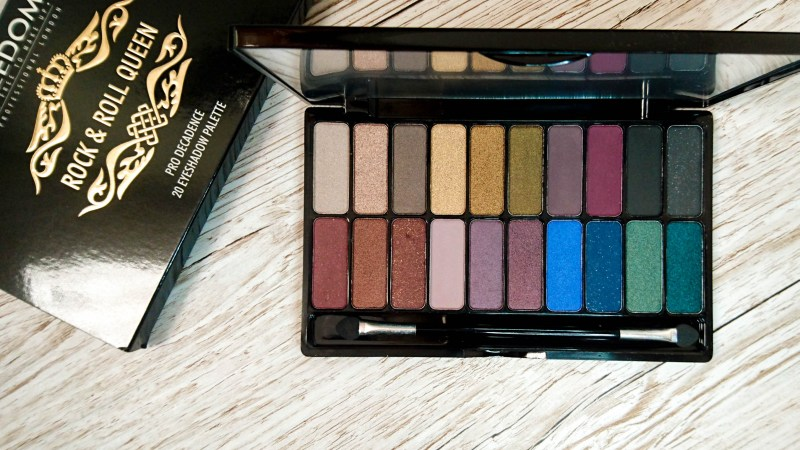 WIN! Two Eyeshadow Palettes