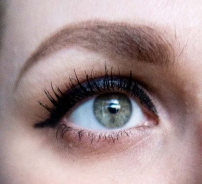 Close up of eyelashes and eyebrow Old Hollywood Glamour in 3 Simple Steps