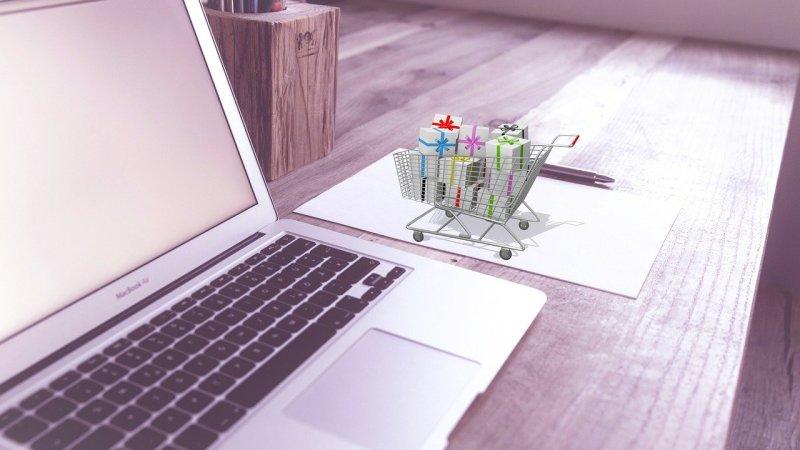 4 Tips For Shopping Online
