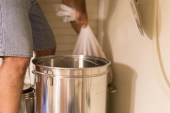 Swing the bag to a convenient kettle