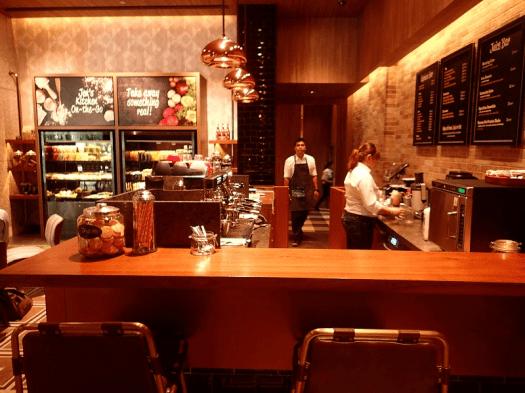 Image-Singapore-hotel-lobby-cafe