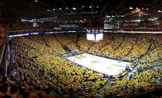 Sports-golden-state-warriors-oracle-arena