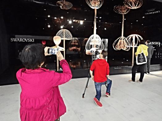 Art-Central-Hong-Kong-Swarovski-winning-sculpture
