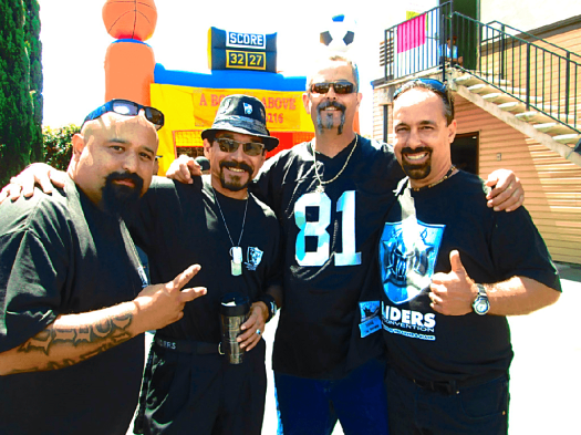 Raiders-fan-convention-south