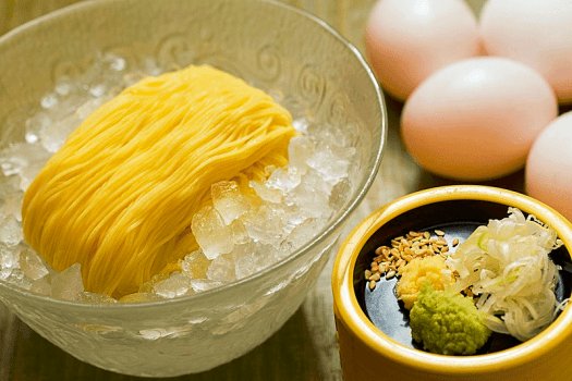Hong-kong-food-Sagano-egg-Noodle-new-world-millenium-hotel