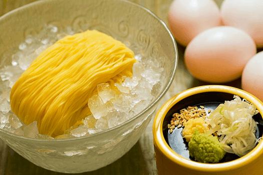 Hong-kong-food-Sagano-egg-Noodle-new-world-millenium-hotel