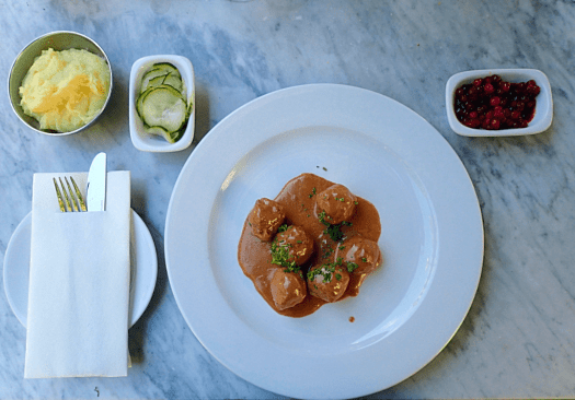 Swedish-meatballs-at-brasserie-vau-du-ville (9)