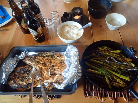 food-grilled-salmon-and-asparagus