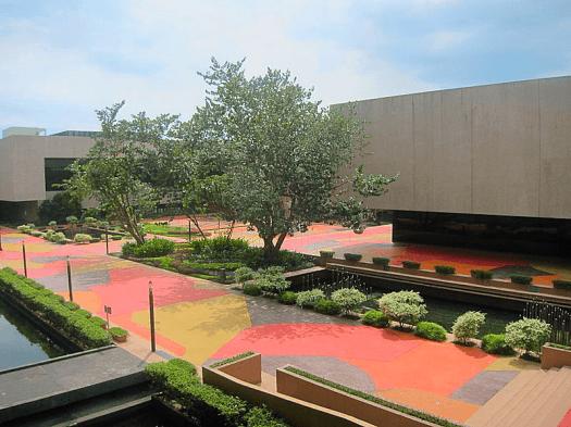 Philippine_International_Convention_Center_courtyard_Photo_Credit_Josh_Lim