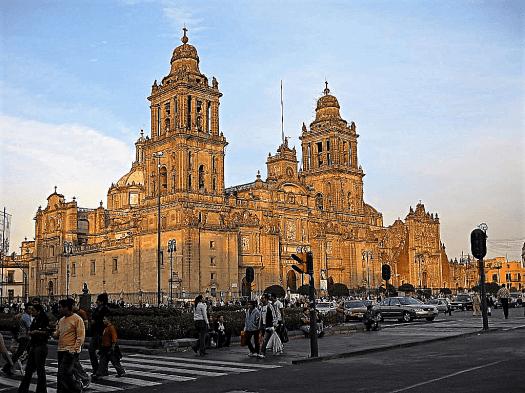Mexico-metropolitan-cathedral-credit-juan-fernando-ibarra