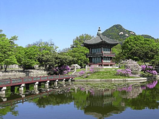 Korea-seoul-hyangwonjeong-pavillion-credit-joon-young-kim