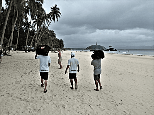 image-of-porters-on-Philippine-beach