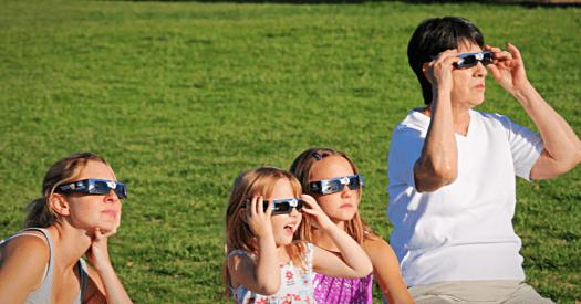 Usa-solar-glasses-credit-SKoch3