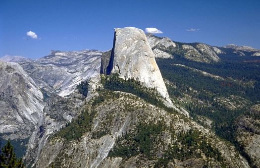Usa-yosemite-half-dome-credit- Rainer Hübentha