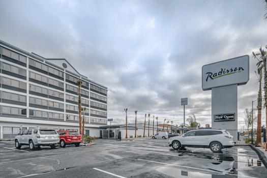Oakland-hotel-radisson-international-airport