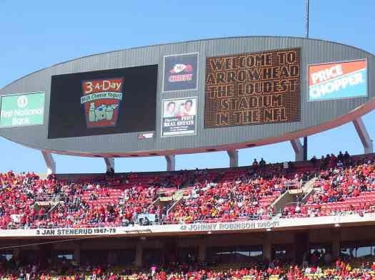Nfl-kansas-city-chiefs-vs-oakland-raiders-arrowhead-stadium