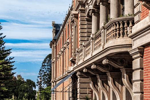 Australia-perth-hotel-como-Exterior_Towards_Stirling_Garden
