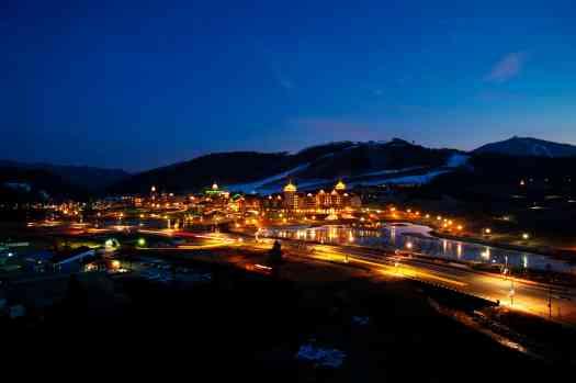 image-alpensia-ski-resort-night-view