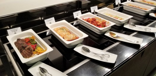 image-of-emirates-airline-hong-kong-airport-business-class-lounge-hot-dishes